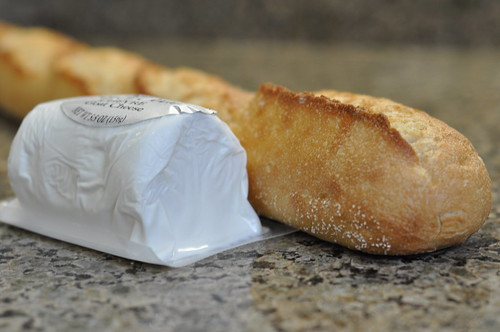 goat cheese and baguette