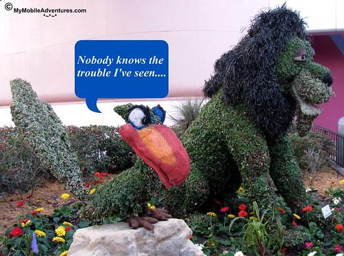 IMG_3306-WDW-EPCOT-topiary-Zazu-Scar