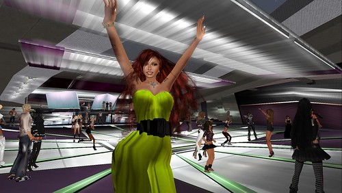 raftwet jewell at dj sao tokyoska party