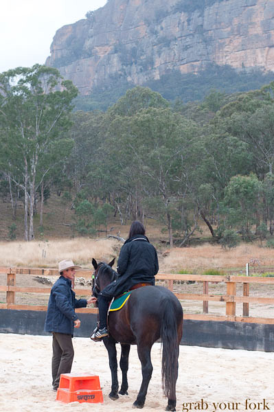wolgan valley horse riding