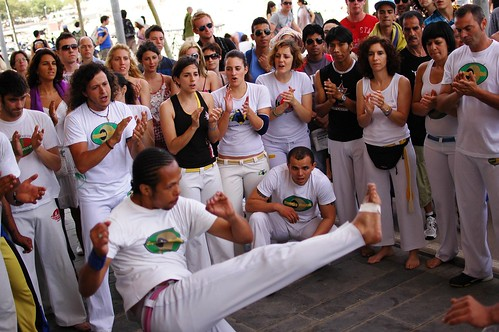 capoeira near the beach