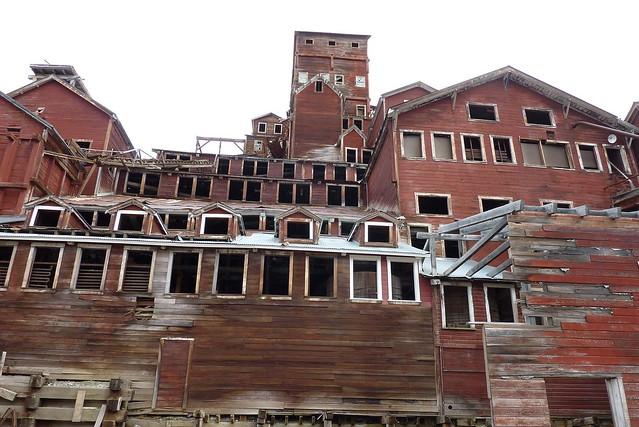 8 construcciones abandonadas en circunstancias curiosas