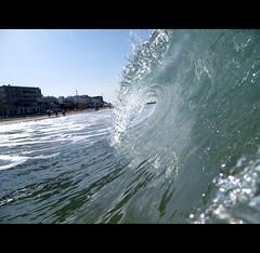 Ola (buhoperdido) Tags: ocean sea espaa sun sol beach canon mar spain sand surf waves wave playa arena shore cadiz beaches cdiz olas playas ola oceano orilla bodyboard ocano buhoperdido carlosrus