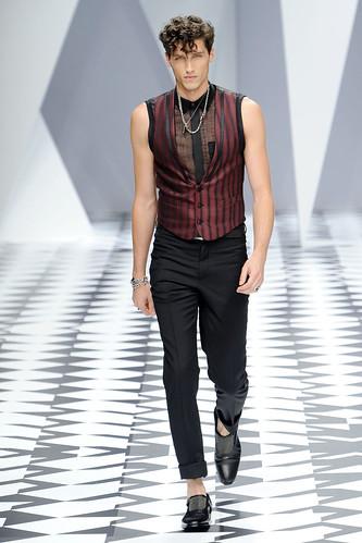 SS11_Milan_Versace0039_Ryan Kennedy(VOGUEcom)