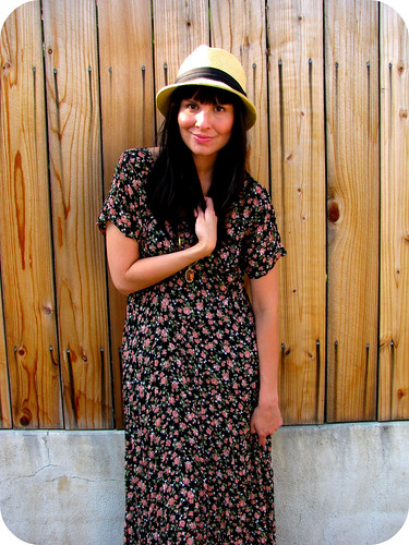 OUTFIT POST: GRUNGY FLORALS