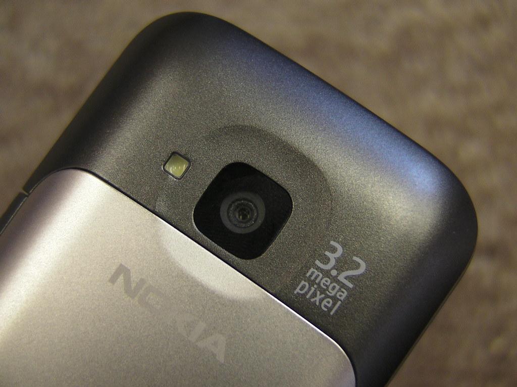 Nokia C5 - 3.2 megapixel camera