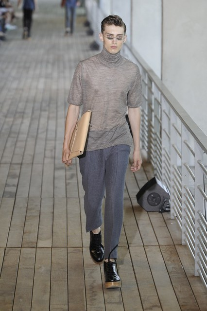 Charlie France3322_SS11_Paris_Wooyoungmi