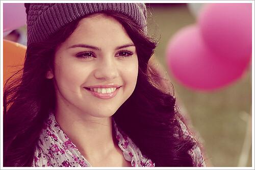 dream out loud selena gomez clothing line. Dream Out Loud. Selena Gomez
