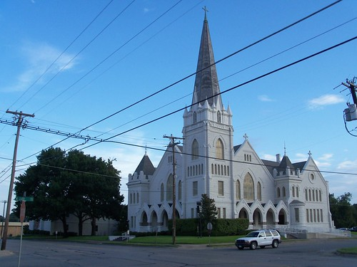 First Methodist Chruch, Corsicana, Texas by fables98