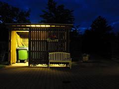 sunset in Bagsvrd (JDFG) Tags: wood light sunset luz night copenhagen bench denmark atardecer noche garbage madera banco neighborhood basura danmark nuit barrio neighbourhood contenedor collector dinamarca kbenhavn bagsvrd copenhague yahoo:yourpictures=hiddencityplaces