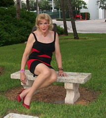E Laura Red+Black Dress 071810 (lwhitets) Tags: saturday riverwalk at