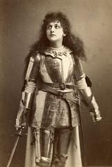 Shakespeare's women - Joan of Arc (Shakespeare Birthplace Trust) Tags: shakespeare battle strength armour joanofarc courage henryvi shakespearebirthplacetrust henrythesixth shakespeareswomen