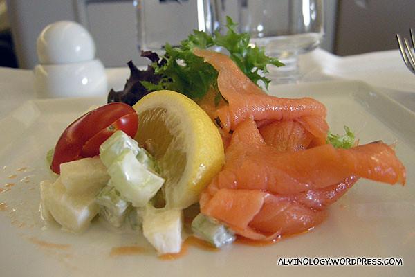 Salmon sashimi for appertiser