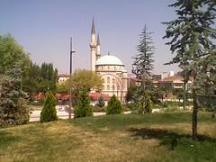 approaching Maltepe mosque