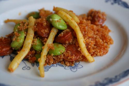 Pytt på chorizo, quinoa, vaxbönor och bondbönor