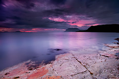 LATE NIGHT (~~~johnny~~~) Tags: light seascape mountains seaweed landscape interesting rocks flickr wide smooth silhouettes experiment 09 layers artic pp hoya luminosity 075 longexpo nd8 colorefex lowandwide leefilters articart johnnymyrenghenriksen softgrads