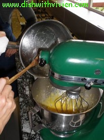 pouring-boiling-hot-sugar-into-egg-yolk