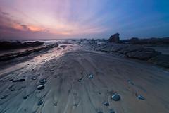 Playa de Barrika (Rafa Riancho) Tags: sunset espaa costa beach coast playa puestadesol ocaso vizcaya pasvasco barrika biscay 5dmkii rafariancho