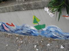 mare sul muro (terevinci) Tags: street city italy muro strada fiore colori disegno