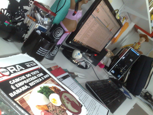"""Chegou minha quentinha e vou """"bater um PF"""" hoje no escritório... (Virado à paulista, do Lola Bistrot & Baràvin) #meiahora"""