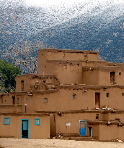 Taos Pueblo (by: Eamonn O'Brien-Strain, creative commons license)