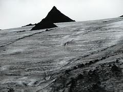 2008-08-05 15:36:35 (CGP Grey) Tags: iceland europe roadtrip glacier slheimajkull