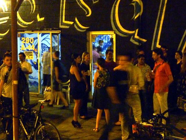 P1030454-2010-08-14-Living-Walls-Opening-Eyedrum-Crowd-On-Dock-Detail