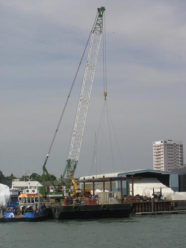 Monster crane