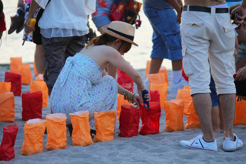 Paper Lantern Festival in Odaiba 2010 (7)