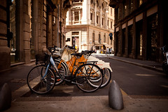 Milano Bikes (Sebastin MIchels A) Tags: street urban canon milano