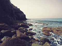 Calm in GC (Mrt E.Q. Trino Photogrphy ) Tags: sea beach water grancanaria myself sony playa fishes rocas mybf acantilados mogn