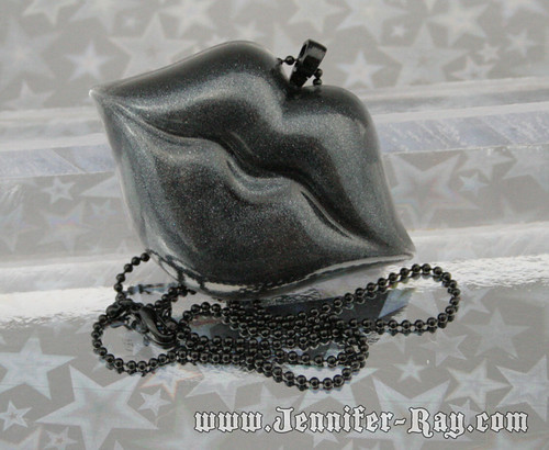Black Death Kiss - Resin Lips Necklace