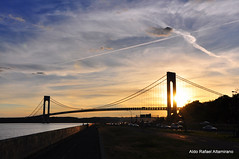 Bridge (Rafakoy) Tags: road city bridge sunset cloud sun ny newyork cars water car brooklyn clouds digital river highway hudson sly forthamilton verrazanonarrowsbridge verrazano nikond90 afsnikkor18105mmvr aldorafaelaltamirano rafaelaltamirano aldoraltamirano