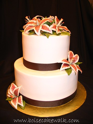 stargazer lily wedding. Stargazer Lily Wedding