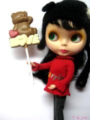 42/365: I love bears, chocolate and hugs! HUG me!!