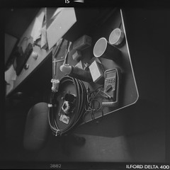 Organized mess (Julio Barros) Tags: bw 120 film holga medium format develop