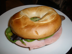 Toasted bagel with ham