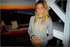 Untitled (Steve Lundqvist) Tags: people portrait sweatshirt felpa girl seaside sea mare beach spiaggia hair beauty women italy adriatic adriatico face young teen teenager shorts sporty sport outdoor ritratto persone sunset tramonto surfer surf