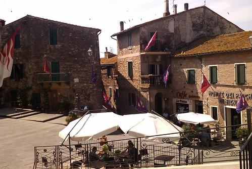 Campagnatico main square