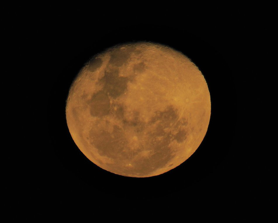 yellow moon 28062010-2