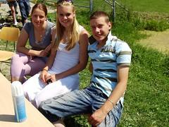Danny and fans (Davydutchy) Tags: school girls boy girl june medieval teen teenager theme fest friesland teenage 2010 sneek fryslân aoc middeleeuwen middeleeuws darkage snits