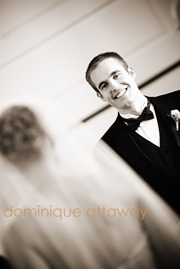 GROOM LOOKING AT BRIDE FOR FIRST TIME