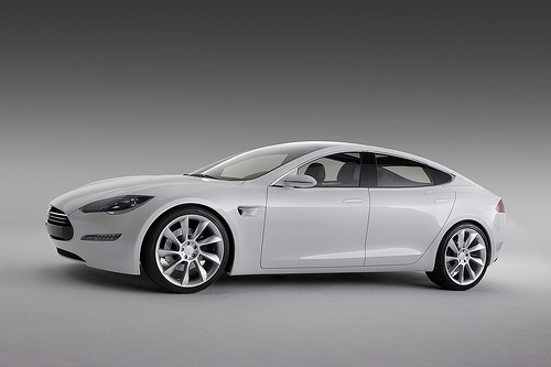 Tesla Sedan:  Side View