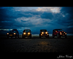 Cars on the beach (Johan Verrips) Tags: show beach car night drive evening driving formation topgear 4wheel imagemagick sgravezande mywinners