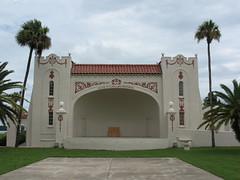 Alice McClelland Memorial Bandshell Eustis FL (POsrUs) Tags: geotagged florida lakecounty nrhp ferranpark alicemcclelland posrus ©lancetaylor