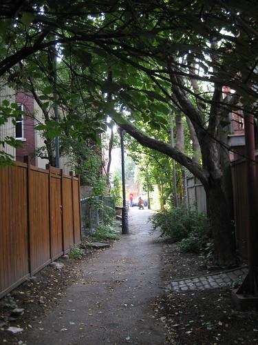 narnian alley