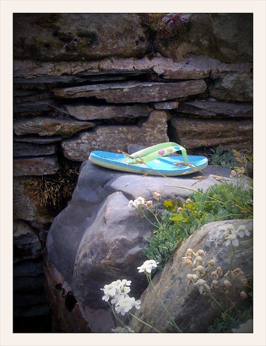 Found footwear of the day: flip flop at Buttermere