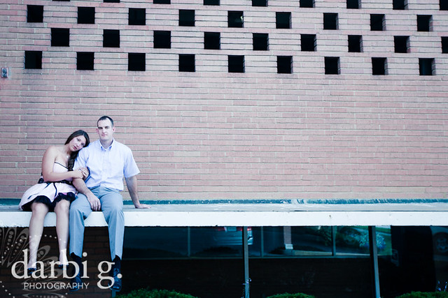 DarbiGPhotography-Kansas City wedding photography-engagement photography-Kansas City Country Club Plaza-105