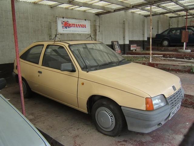 Abandoned Cars: [Special] Abandoned Dealership