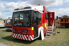 Y665HUG (matthewleggott) Tags: rescue fire mercedes day south yorkshire service crowle y665hug